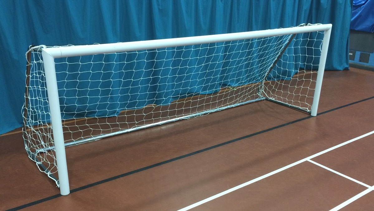 Lightweight indoor aluminium 5-a-side Goals