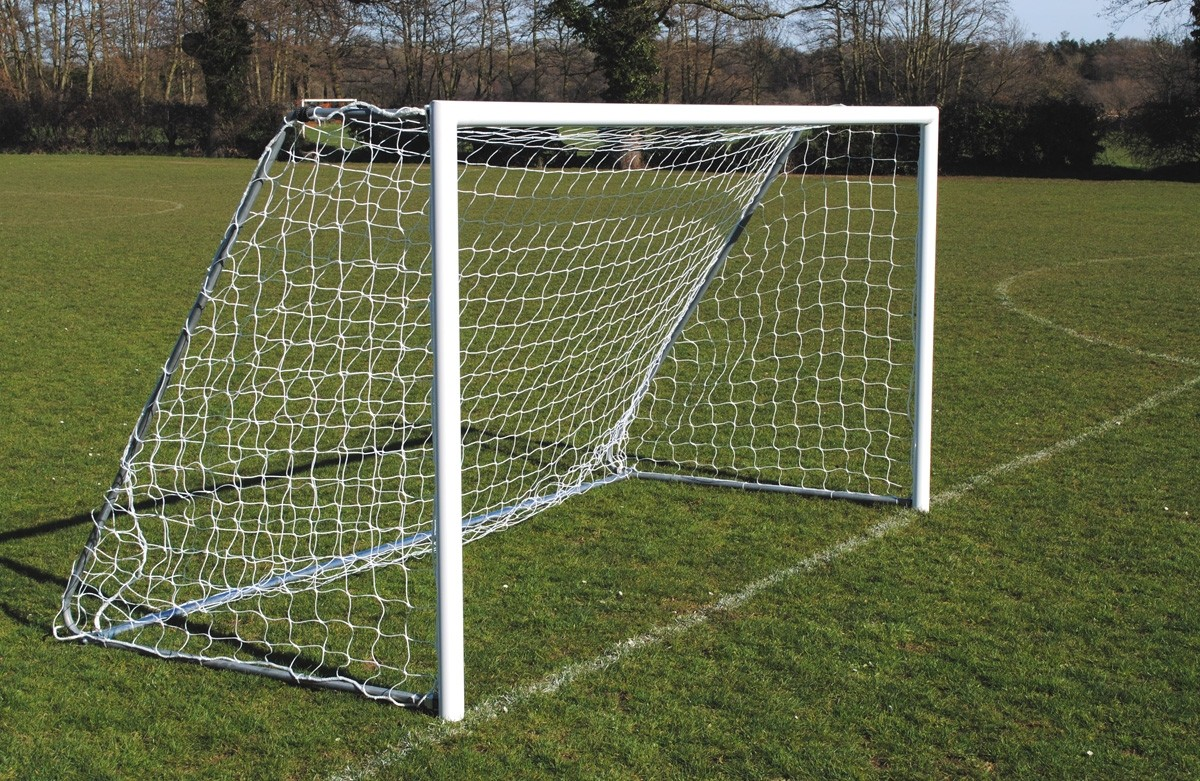 Lightweight Folding Aluminium 7-a-side mini goals