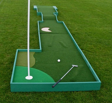 Play-Anywhere Mini Golf Course