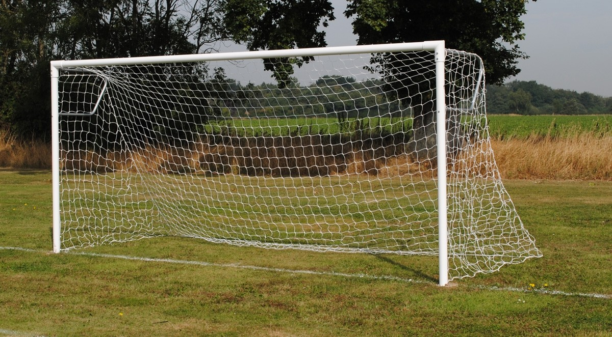 Socketed extra heavy duty steel 9-a-side Goals
